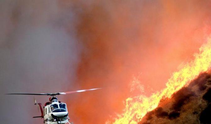 Tausende fliehen vor Waldbränden in Kalifornien (Foto)