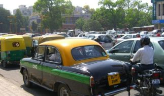 Taxi nach Bollywood - der Ambassador Classic (Foto)