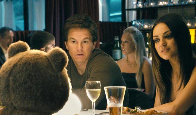 «Ted»: Schräger Teddybär-Witz mit Mark Wahlberg (Foto)