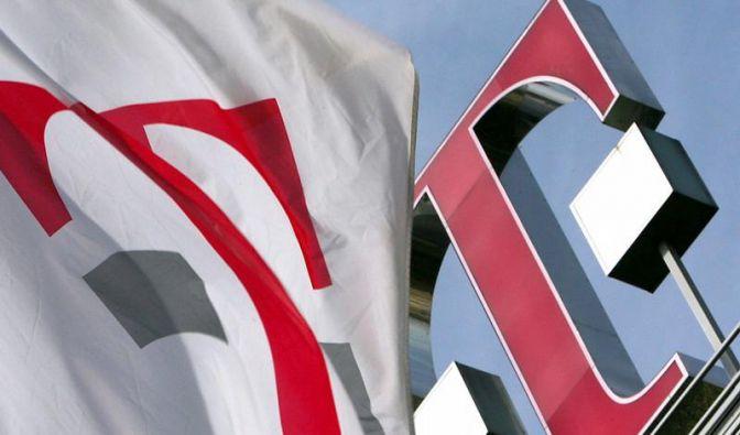 Telekom-Chef erwartet grünes Licht für US-Verkauf (Foto)