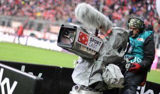 Telekom oder Sky - wer erhält die Fußball-TV-Rechte? (Foto)