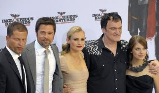 Til Schweiger (l.), Brad Pitt, Diane Kruger, Quentin Tarantino und  Melanie Laurent. (Foto)