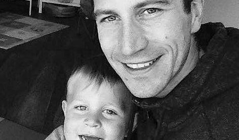 Till Schramm trauert um seinen kleinen Sohn. (Foto)