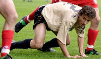 Timo Heinze hatte den Ball genauso fest im Blick wie sein großes Ziel Bundesligaprofi, dennoch scheiterte das Bayern-Talent. (Foto)