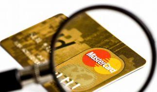 Tipps für Umgang mit Giro- und Kreditkarte (Foto)