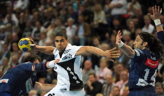 Titelfavorit HSV verliert bei Rekordchampion Kiel (Foto)