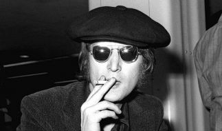 Toilette von John Lennon versteigert (Foto)