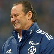 Trainer Huub Stevens und der FC Schalke 04 gehen getrennte Wege.