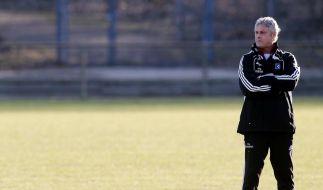 Trainer Veh flüchtet: Zu viel Unruhe beim HSV (Foto)