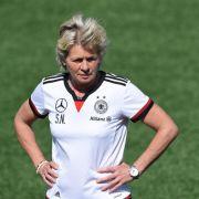 0:6 - Sieg! Silvia Neid nimmt Kurs auf EM und Olympia (Foto)