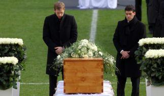 Trauerfeier für Robert Enke (Foto)