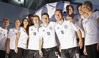 Trikotvorstellung der Deutschen Fussballnationalmannschaft (Foto)