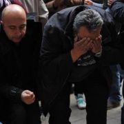Türkische Männer sind verzweifelt nach dem Verbrechen in Berlin-Kreuzberg.