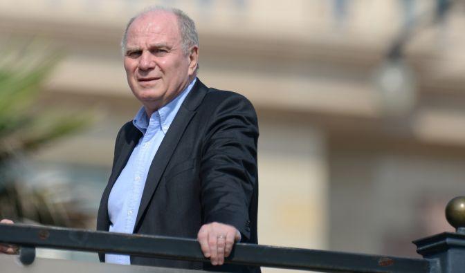 Uli Hoeneß hat über Provokationen von Mitgefangenen während seiner Haftstrafe berichtet.