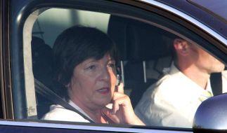 Ulla Schmidt will ob des gestohlenen Dienstwagens dem Bundestag Rede und Antwort stehen.  (Foto)