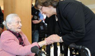 Ulla Schmidt (SPD) im Altenheim (Foto)