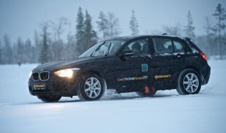 Um in den Tests der Automobilclubs bestehen zu können, müssen moderne Winterreifen bei allen Straßenverhältnissen punkten. (Foto)