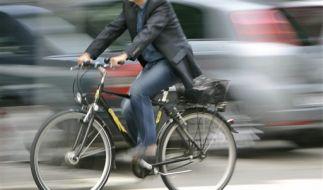 Umwelt schützen und Geld sparen - das geht nur zu Fuß oder mit dem Fahrrad. (Foto)