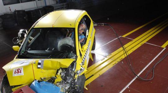 Unfallforscher: Autos ab Baujahr 2000 für Anfänger geeignet (Foto)