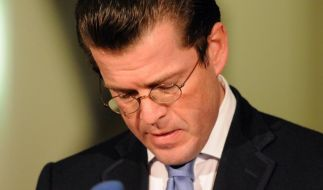 Union steht fest zu Guttenberg (Foto)