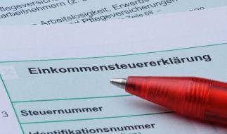 Union und FDP fordern rasch Steuervereinfachung (Foto)