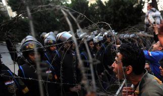 Unruhen in Ägypten: Polizei schaute nur zu (Foto)