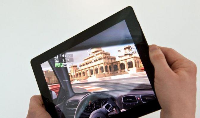 Unterwegs zocken: Handheld versus Smartphone (Foto)