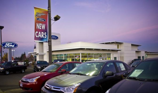 US-Amerikaner zögern beim Autokauf (Foto)
