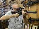 US-Vize Joe Biden verspricht ein härteres Vorgehen gegen Waffengewalt. Die Waffenlobby hingegen lehnt jeglich weitere Kontrolle strikt ab. (Foto)