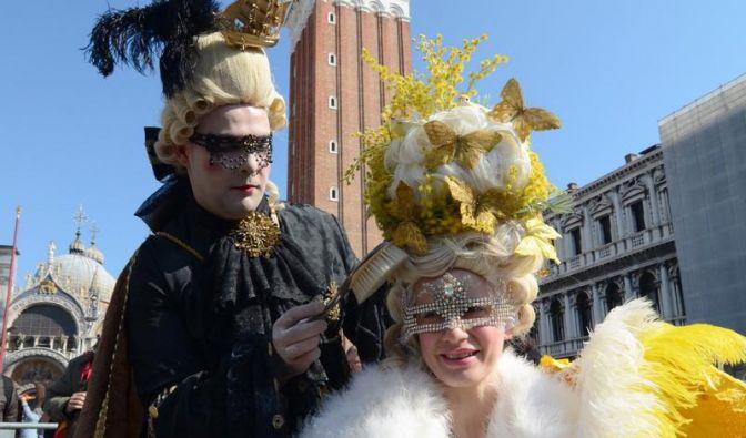 Venedigs traditionsreicher Karneval wärmt sich auf (Foto)