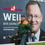 Verhilft zum großen Auftritt: Seit 22 Jahren plakatiert Klaus Meyer-Gaus Hannover mit Wahlpostern.