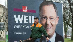 Verhilft zum großen Auftritt: Seit 22 Jahren plakatiert Klaus Meyer-Gaus Hannover mit Wahlpostern. (Foto)
