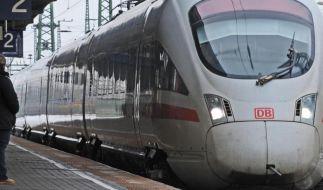Versuchte Vergewaltigung im Zug: Passagiere sind einer jungen Frau zu Hilfe gekommen. (Foto)