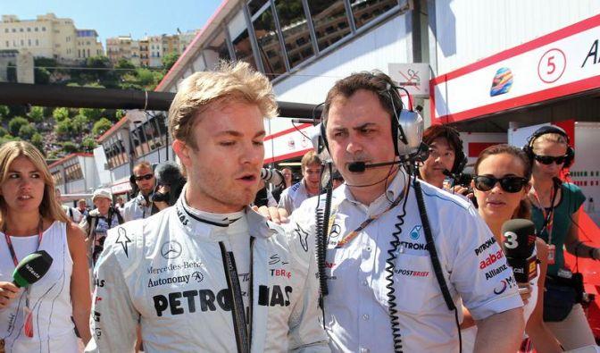 Vettel auf Pole - schwerer Unfall von Pérez (Foto)