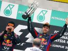 Vettels seltsamster Triumph: Webber kann nicht hinsehen, wie sein Kollege feiert. (Foto)