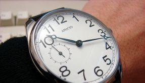Viel Uhr, ein bisschen Diskus: Armbanduhren erreichen heute im Durchmesser durchaus 45 Millimeter od (Foto)