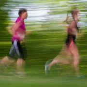 Viele Fitnesstreibende gehen gern an ihr Limit. Doch wer nicht aufpasst, überschreitet seine Leistungsgrenze. (Foto)