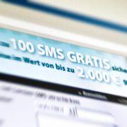 Viele SMS gratis bekommen? Dahinter verbergen sich häufig Lockangebote, die den am Ende teuer zu stehen kommen.
