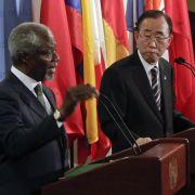 Viele Worte, keine Taten: UN-Generalsekretär Ban Ki Moon (rechts) und Sondervermittler Kofi Annan kommen im Syrien-Konflikt nicht weiter.