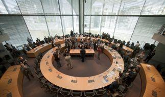 Viele Zeitungen sehen die Regierung gestärkt aus dem HRE-Untersuchungsausschuss hervorgehen. (Foto)