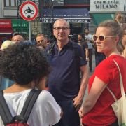 """Volker Beck (M) und Terry Reintke (r) bei der """"Pride Week"""" in Istanbul. Wenig später wurden die beiden Grünen-Politiker von der türkischen Polizei abgeführt. (Foto)"""