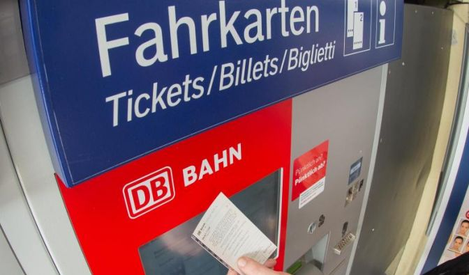 Vom 11. Februar bis 20. März will die Bahn nochmals in großem Umfang Tickets für 19 Euro anbieten. (Foto)