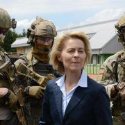 Von der Leyen besucht Elite-Truppe der Bundeswehr (Foto)