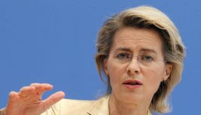 Von der Leyen verteidigt Rentenpläne gegen Kritik (Foto)