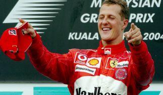 Von Formel-1-Rekordweltmeister Michael Schumacher wird es nie wieder aktuelle Fotos geben - das behauptet zumindest der Fotograf Michel Comte, der zu Schumis engsten Freunden gehört. (Foto)