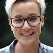Von der Showbühne ins Klassenzimmer: die ehemalige DSDS-Siegerin Elli Erl.