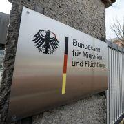 Vor einer Einrichtung des Bundesamt für Migration und Flüchtlinge (BAMF) kam es am Nachmittag zu einer Detonation (Symbolbild). (Foto)