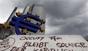 Vor der Europäischen Zentralbank in Frankfurt harren die Occupy-Aktivisten aus. (Foto)