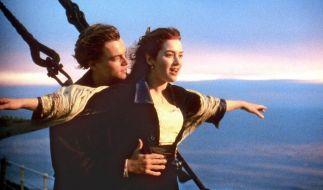 """Vor fast 20 Jahren begeisterten """"Rose"""" (Kate Winslet) und """"Jack"""" (Leonardo DiCaprio) in den Kinos. Jetzt überraschte Kate Winslet ihre Fans mit einer unerwarteten Beichte. (Foto)"""