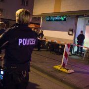 """Vor dem Kölner Lokal """"La Fayette"""" kam es zu einer tödlichen Schießerei. (Foto)"""